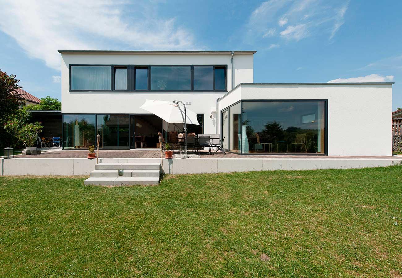 Einfamilienhaus_Wilhelmsdorf_Garten_Terasse