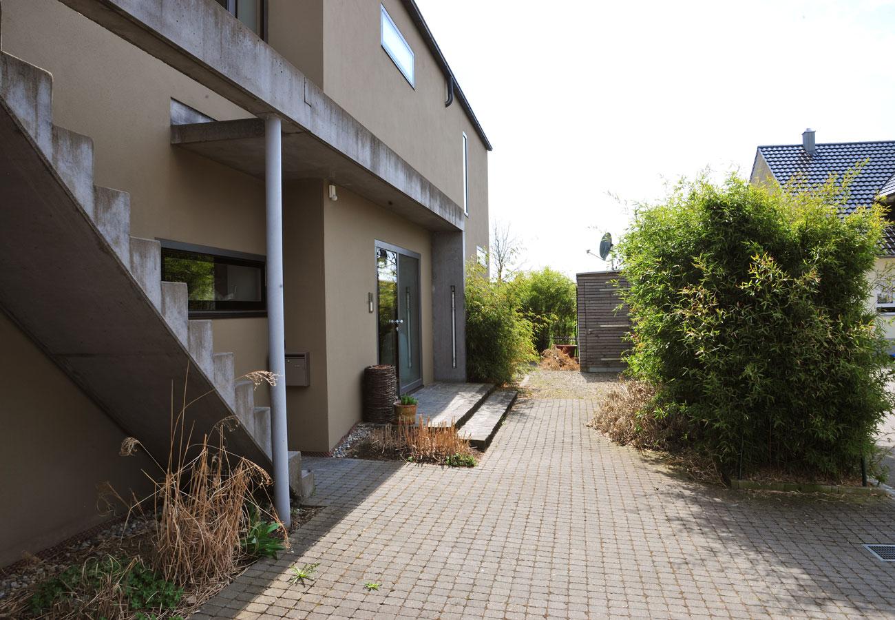 Einfamilienhaus_Kleintobel_Fassade_Eingangsbereich