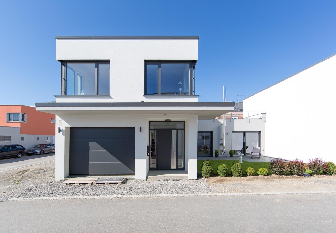 Architektur_Fasulo_Haus_Weingarten_Eingang_Garage