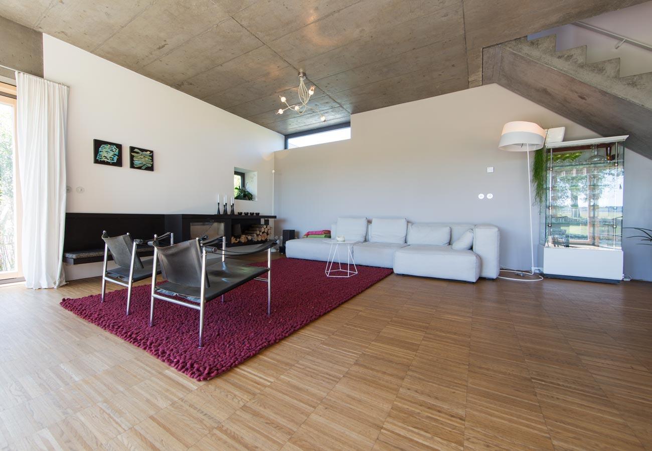 Innenarchitektur_Einfamilienhaus_Kleintobel_offenes_Wohnzimmer
