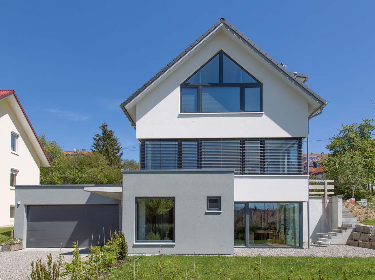 Haus_Esenhausen_Fassade_Fenster