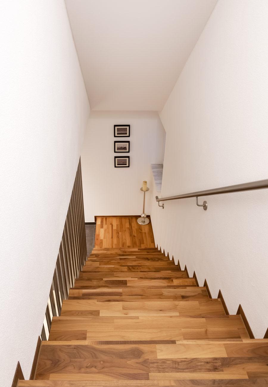 Innenarchitektur_Fasulo_Haus_Weingarten_Treppe