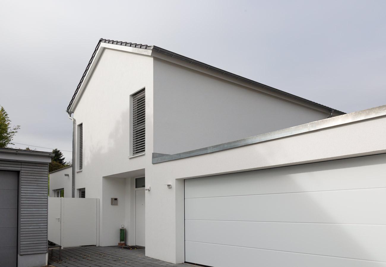 Paolo_Fasulo_Architektur_Einfamilienhaus_Baindt_Einfahrt